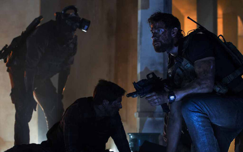 13 Hours: The Secret Soldiers of Benghazi (2016) by The Critical Movie Critics