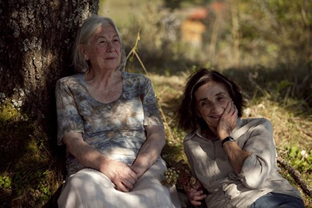Movie Review: A Girl and a Tree (2012)