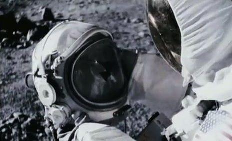 Movie Trailer:  Apollo 18 (2011)