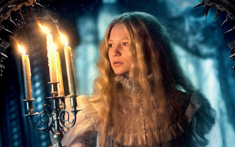 Crimson Peak (2015) by The Critical Movie Critics