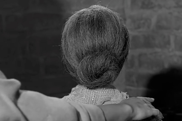 Feature: Top 10 Manipulative Movie Mothers - The Critical Movie Critics