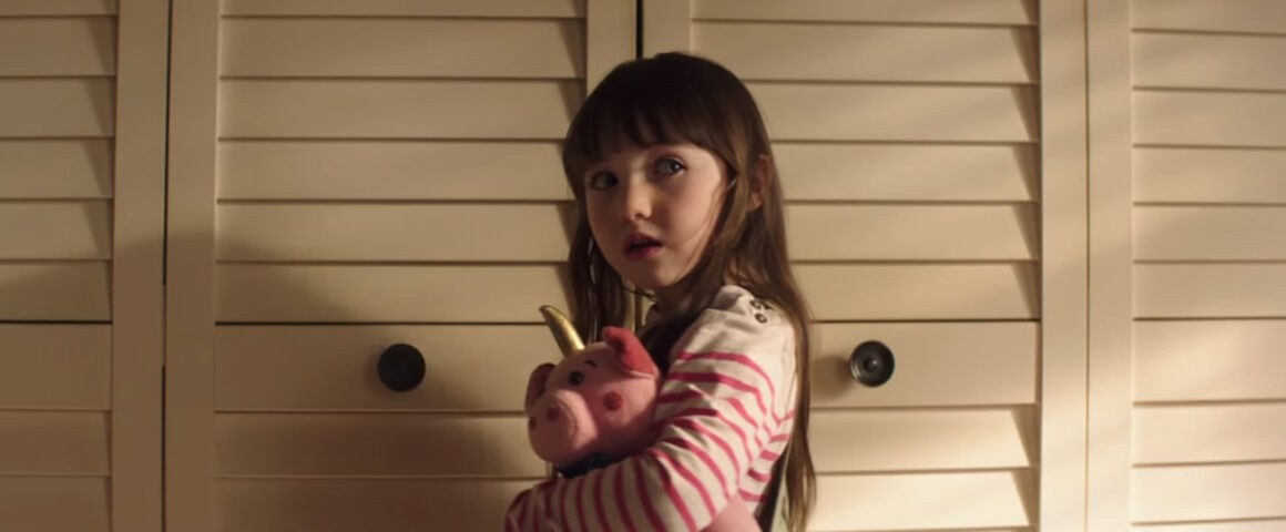 Poltergeist (2015) by The Critical Movie Critics